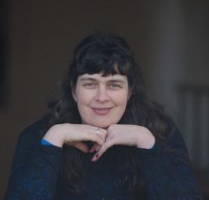 Kandi J Wyatt, Author of DRAGON'S REVENGE